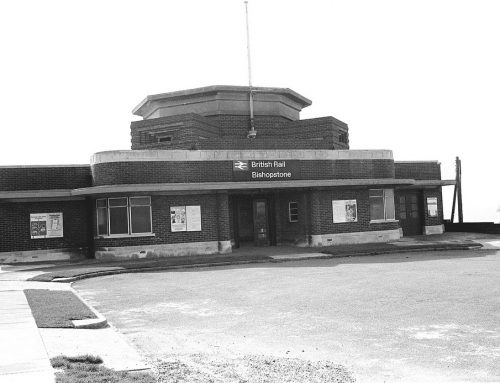 Bishopstone station – An Art Deco building, green link and green corridor